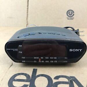 Sony Dream Machine ICF-C211 AM FM Alarm Digital Clock Radio Vintage 1.F1