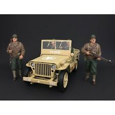 AMERICAN DIORAMA 1/18 WWII Military Army Vehicle With 4 USA Soldier Figures Set
