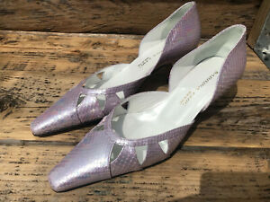Sabrina Chic, size 36,3,d'orsay punched court, low heel,lilac snake,leather