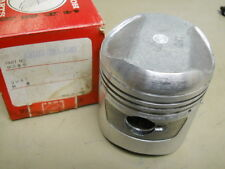 Honda NOS CL250, CB250, Piston, 0.50, # 13103-286-040  T-5