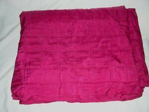 024O Vintage SILK Comforter Quilt CERISE MAGENTA COLOR 69x88 AS IS