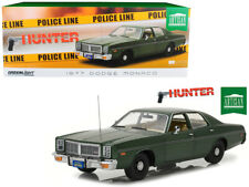 "1977 Dodge Monaco Green ""Hunter"" (1984-1991) TV Series 1/18 Diecast Model Car by"