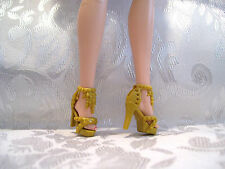 NEW FITS BARBIE DOLL AND SILKSTONE GOLD COLOR CLEOPATRA STYLE SHOES