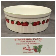 """Shafford Strawberry Patch Fine Porcelain Microwave Ovenware 7.5"""" Casserole 1981"""