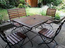 Table de jardin avec siège (1 banc 2 personnes , 1 fauteuil et 2 chaises )