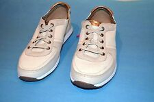 Hush Puppies Ladies Light Beige Leather Pre-Laced Casual Sneaker Shoes, 8.5 New