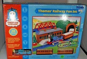 Thomas & Friends Thomas Railway Fun Set Battery Operated Road & Rail System NIB
