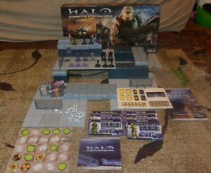 Halo Interactive Strategy Game DVD Board 2008 Base Unit set