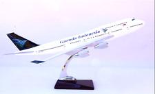 GARUDA-INDONESIA-LARGE-DISPLAY-PLANE-MODEL-18-034-AIR