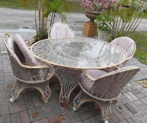 Russell Woodard Spun Fiberglass 5 Piece Patio Table & Chairs