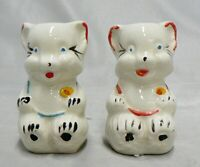 VINTAGE SHAWNEE POTTERY CUB BEARS SALT & PEPPER SET