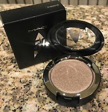 MAC Star Trek 50th Anniversary Collection- Pressed Pigment Shadow-To Naked Time