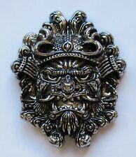Badge broche masque Chine métal coulé pins plaque vis métallique Cast Metal