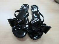 Dizzy Black Jelly Flip Flop Sandal With Bow Lounge Style Shiny Size 6-10 New