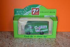 Lledo No 71006 - 7up - Diecast Model Of A 1959 Green Morris LD 150 Van