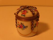 Stunning Antique French Paris Porcelain Handpainted Lidded Pill Box