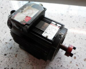RELIANCE ELECTRIC B14H1060M-TU 2 HP @ 2000 RPM 3 PH PPS FR FC SERVO MOTOR #2
