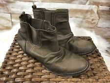 Rocket Dog womens size 6 tan faux suede ankle boots with elastic for easy on