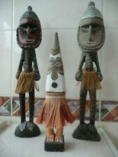 charming Statue Trio - PNG - Oceanic Art