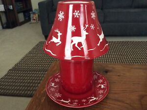 New Retired Yankee Candle Christmas Red Reindeer Shade and Plate Set Snowflakes