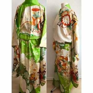 Authentischer Kimono aus 100% Seide in grün Furisode Japan Yuzen