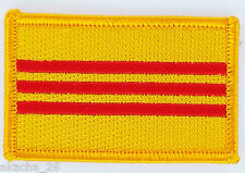 PATCH ECUSSON BRODE DRAPEAU VIETNAM DU SUD INSIGNE THERMOCOLLANT NEUF FLAG