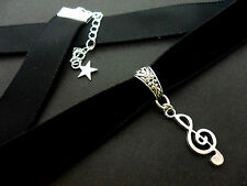A LADIES GIRLS 16MM BLACK VELVET & MUSICAL NOTE  CHARM CHOKER NECKLACE . NEW.