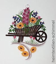PLAUENER SPITZE ® Fensterbild SCHUBKARRE Frühling BLUME Garten Fensterdekoration