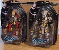 NECA AVP  Series 17 lot of 2 (Youngblood, Elder} Predators