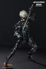 Sideshow Hot Toys VGM17 Metal Gear Rising: Revengeance Video Game Raiden Figure