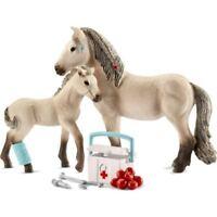 Schleich Horse Club Set Erste Hilfe und Pferde Isländer 42430