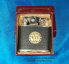 1927 First Standard De-Light Lighter from Ronson, Black Leather w/ adv. MINT!