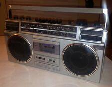 VTG Sanyo 2-way 4-speaker Boombox Radio M9927K Stereo Radio Cassette Recorder