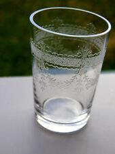 ancien verre gobelet en cristal gravé de Baccarat Saint Louis antique glass sake
