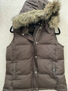 Womens Gap Brown Puffer Vest Detatchable Hood Size Medium
