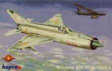 Kopro KP Model 1:72 MiG-21 MF Fishbed J Vietnam War Series Plastic Kit #3175