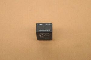 Chrysler 300C Relays Relais 05269988AA --