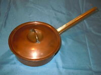 VINTAGE HEAVY COPPER COVERED POT & LID BRASS HANDLE HANGS ANTIQUE QUALITY OLD