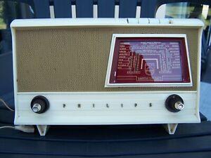Ancien Poste de Radio à lampes PHILIPS B2F 80A -Vintage années 50 (Voir photos)