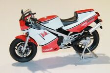 1984 Yamaha RD500 LC  Model Motorcycle in 1:12 Scale by Spark