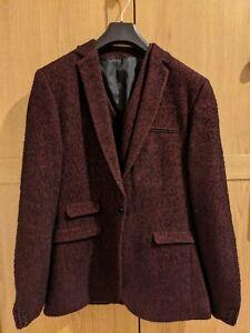 Asos small men's suit - burgundy/black, never worn! Jacket and waistcoast