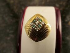 Vintage Retro Design  18k Solid Yellow Gold Diamond And Emerald Cocktail Ring