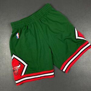 100% Authentic Bulls Mitchell & Ness 08 09 Swingman Shorts Size M Mens