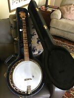 5 String Banjo Maple Closed Back With Excelsior Hard Shell Case VG