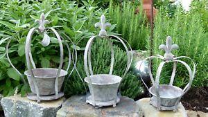 Krone Metallkrone Pflanzkrone Art Ferro Metall grau Shabby Look Gartenkrone
