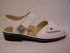 Finn Comfort Luxor in Nappa weiß flacher Absatz mit Wechselfußbett & Schuhbeutel