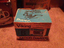 VINTAGE VIKING AUTOMATIC SOLID STATE BATTERY CHARGER - MODEL 0332-02    NEW