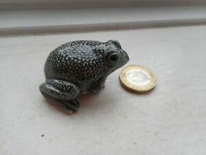 FROG OR TOAD - BEAUTIFUL - MINIATURE POTTERY - GREY TOAD OR  FROG