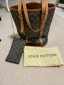 Louis Vuitton Monogram GM Bucket Bag With Matching Pouch