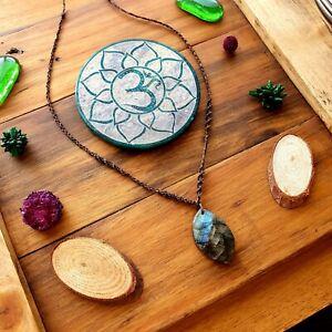 The 'Fire in the Mountain' Labradorite Pendant Necklace Crystal Hemp Macrame ♡